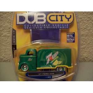 Jada Dub City Wave 17 1947 Ford Coe 7 Up Toys & Games