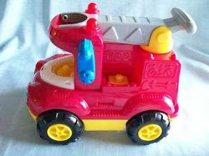 Fisher Price Little People Flash the Red Fire Truck