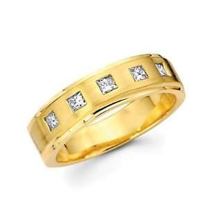 Size  9.5   14k Yellow Gold Mens Diamond Wedding Ring Band