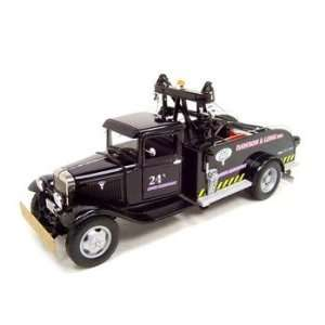 1934 FORD TOW TRUCK BLACK 124 DIECAST MODEL