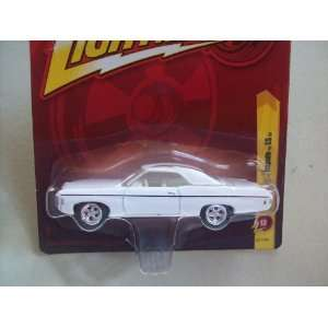 Johnny Lightning Forever R13 1969 Chevy Impala SS Toys & Games